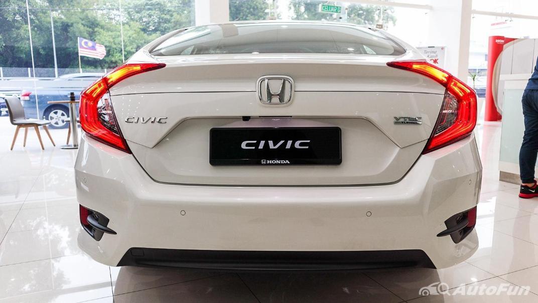 Honda Civic 2019 Exterior 013