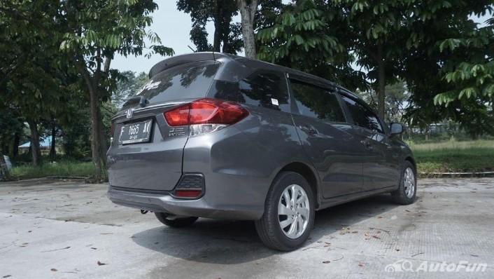 Honda Mobilio E CVT Exterior 009