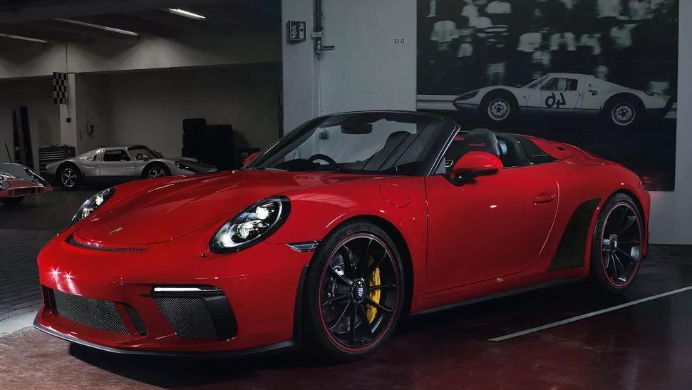 Porsche 911 2019 Exterior 021