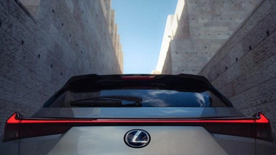 Lexus UX 2019 Exterior 008