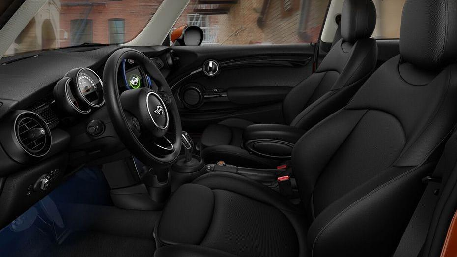 MINI 3 Door 2019 Interior 006