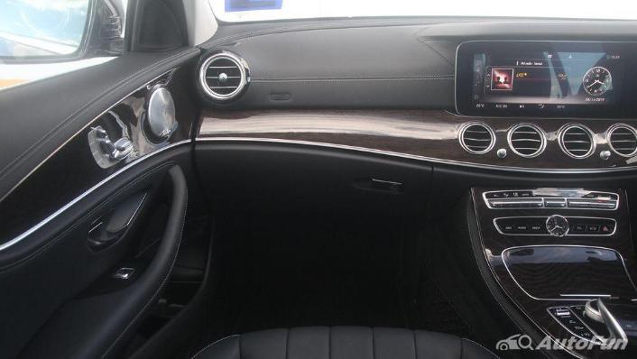 Mercedes-Benz E-Class 2019 Interior 004
