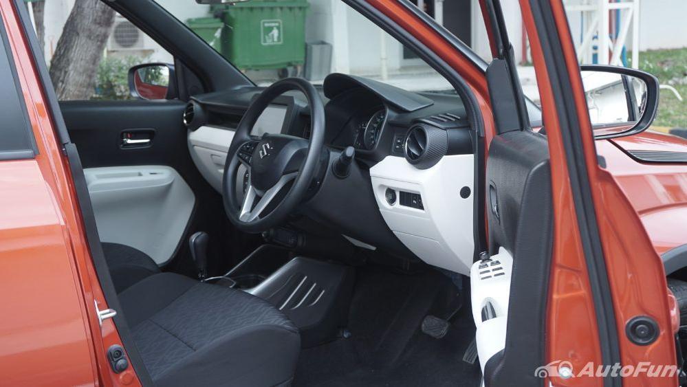 Suzuki Ignis GX AGS Interior 029