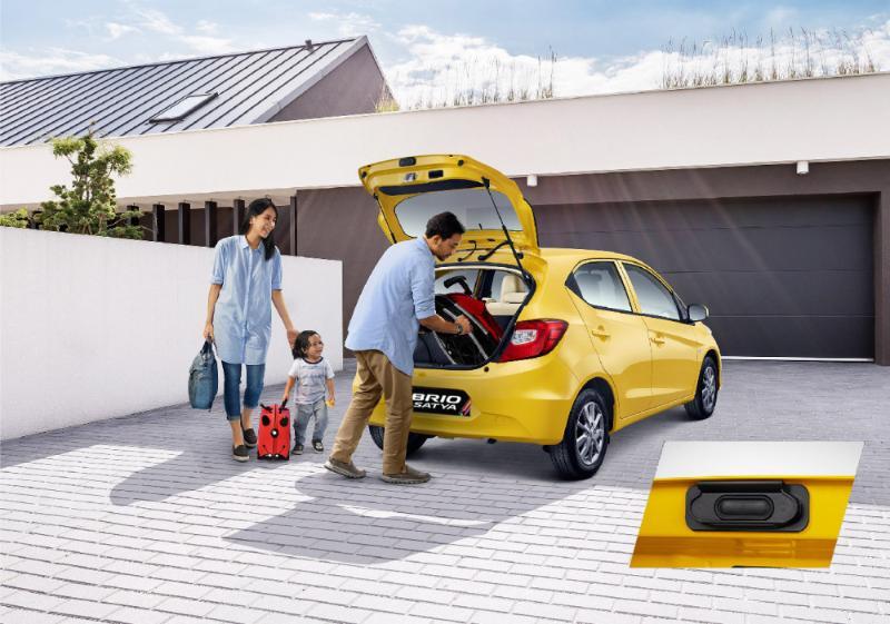 Cari Mobil Murah Meriah, Nih Skema Cicilan Honda Brio 2021 Atau Toyota Agya 2021 02