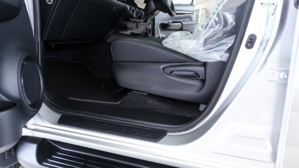 Toyota Hilux 2019 Interior 032