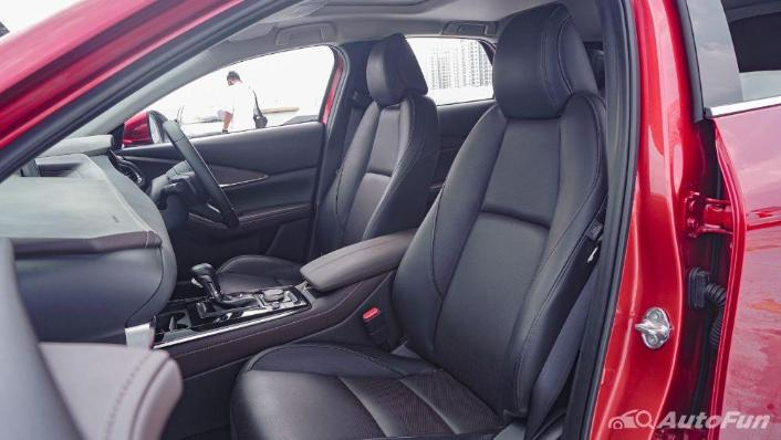 Mazda CX 30 GT Interior 010