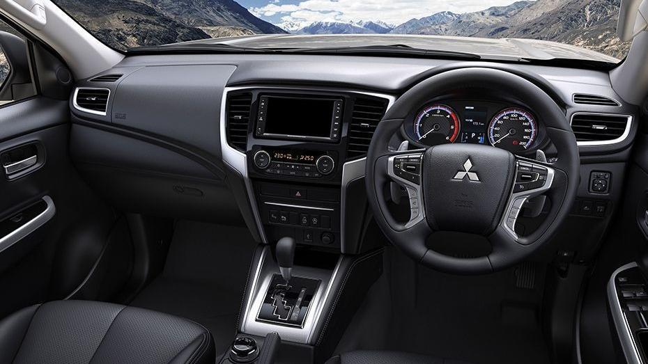 Mitsubishi Triton 2019 Interior 046