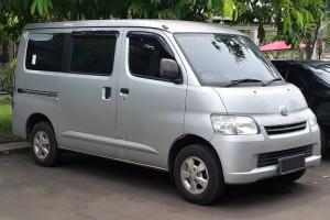 Bukan Sekedar 'Angkot', Ini Rahasia Daihatsu GranMax Minibus Berhasil Kudeta Singgasana Suzuki Carry Futura