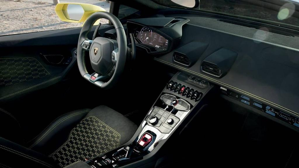 Lamborghini Huracan 2019 Interior 022