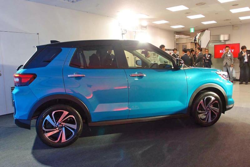 Menarik Untuk Diulas, Toyota Raize Vs Suzuki Jimny Mana yang Pantas Untuk Dimiliki Saat Ini? 02