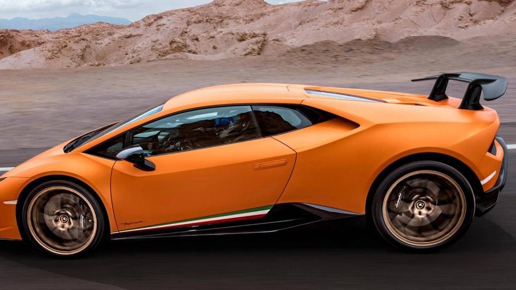 Lamborghini Huracan 2019 Exterior 048