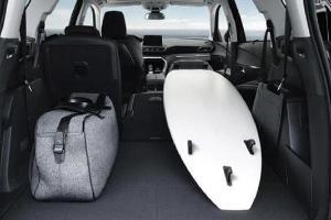 Uji Ruang Kabin Peugeot 5008 vs Mazda CX-8 di Segmen SUV 7-Seater Premium