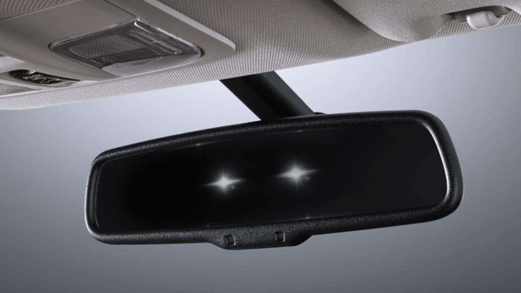 2021 Mitsubishi Pajero Sport Interior 012