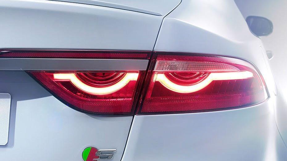 Jaguar XF 2019 Exterior 010