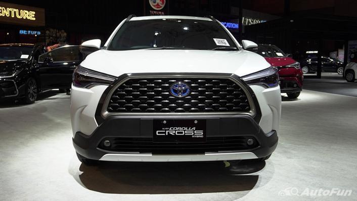 2021 Toyota Corolla Cross Exterior 002