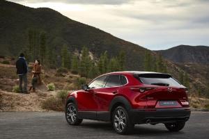Mazda CX-30 Lawan Toyota Corolla Cross, Beda Rasa Berkendara SUV 5-Seater