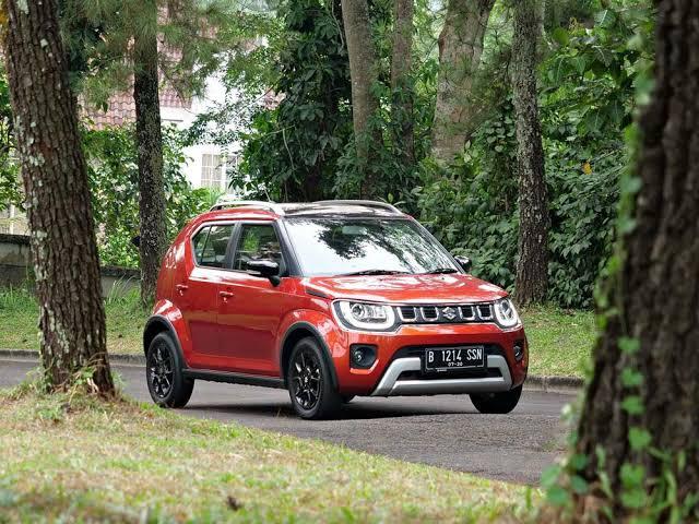 Perbandingan Daihatsu Rocky 1.2 M vs Suzuki Ignis GL, Si Pendatang Baru Kalah Tampang Menang Fitur 02