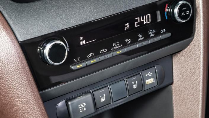 2020 Toyota Yaris Cross International Version Interior 004