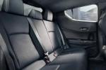 Di Balik Desain Futuristiknya, Kabin Toyota C-HR Tetap Sempit