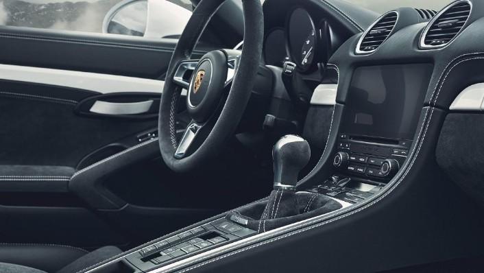Porsche 718 2019 Interior 003
