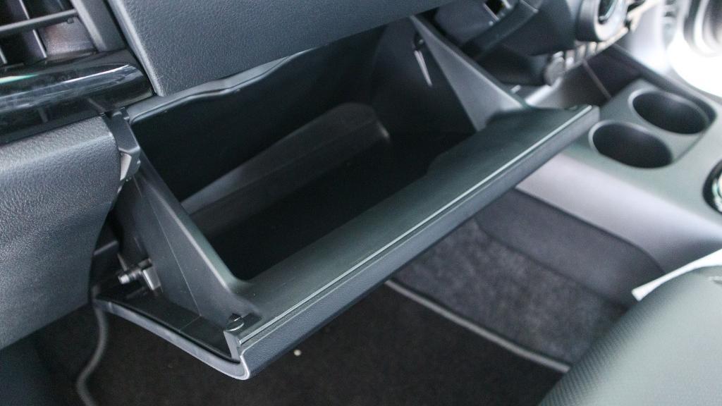 Toyota Hilux 2019 Interior 019