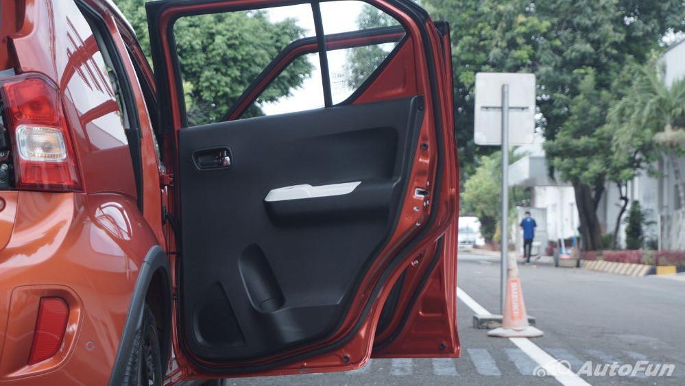 Suzuki Ignis GX AGS Exterior 037