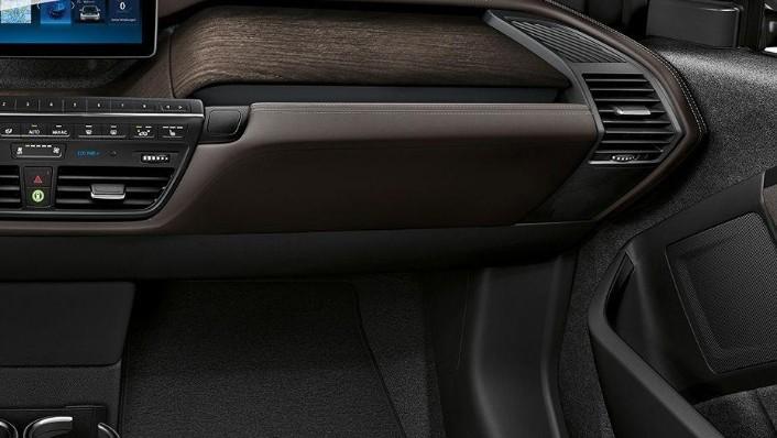 BMW I3s 2019 Interior 007