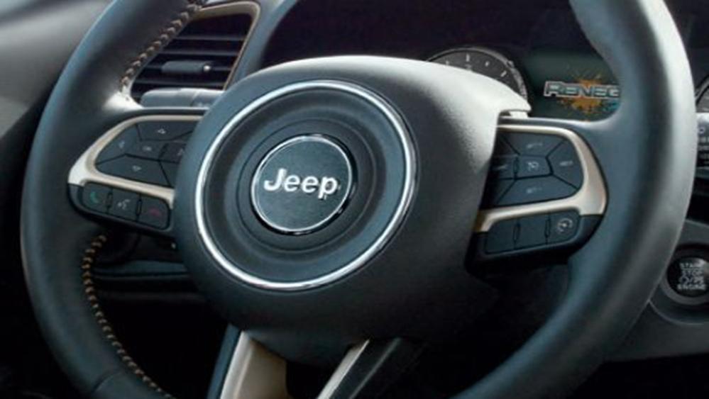Jeep Renegade 2019 Interior 007