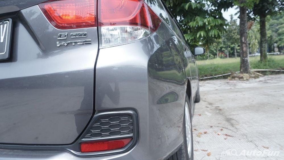 Honda Mobilio E CVT Exterior 022