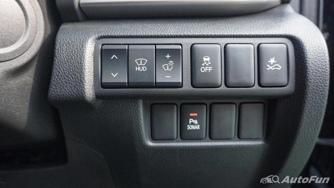 Mitsubishi Eclipse Cross 1.5L Interior 021