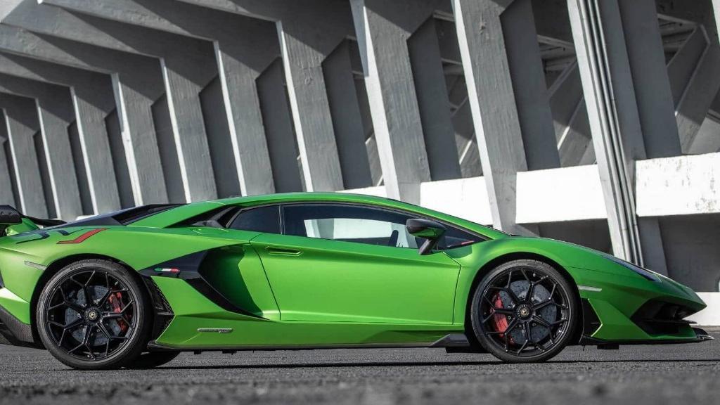 Lamborghini Aventador 2019 Exterior 014
