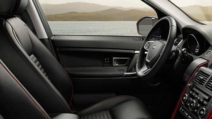 Land Rover Discovery Sport 2019 Interior 009