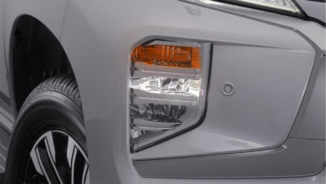 2021 Mitsubishi Pajero Sport Exterior 009