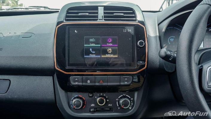 Renault Kwid 2019 Interior 009