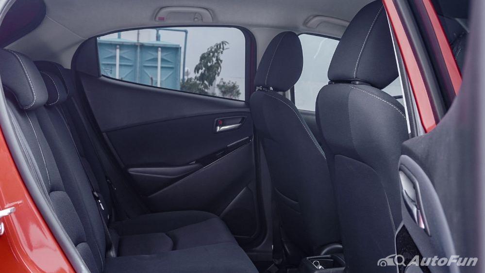 Mazda 2 GT AT Interior 069