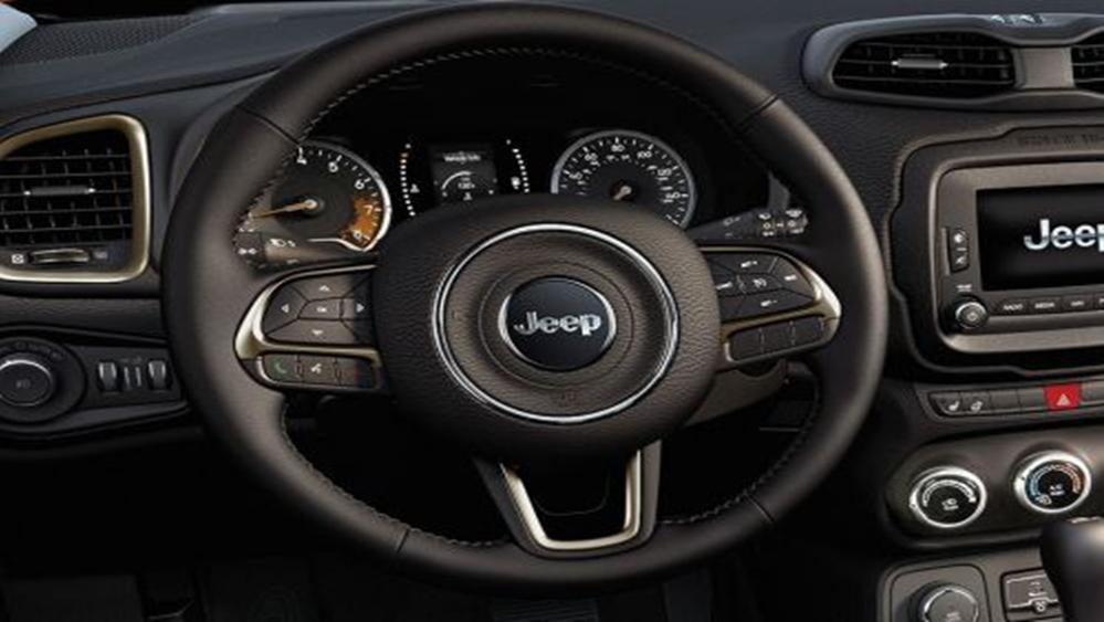 Jeep Renegade 2019 Interior 006