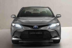 Toyota Camry Hybrid 2021 Hadir, Terlihat Lebih Futuristik Pakai Mesin Toyota RAV4 dan Lexus ES!