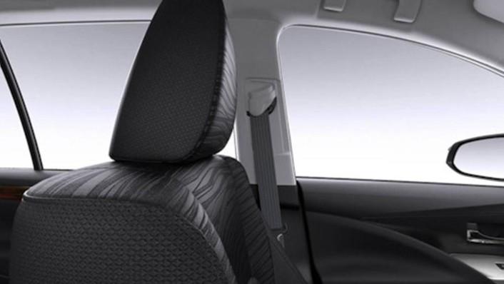 Toyota Kijang Innova 2019 Interior 005