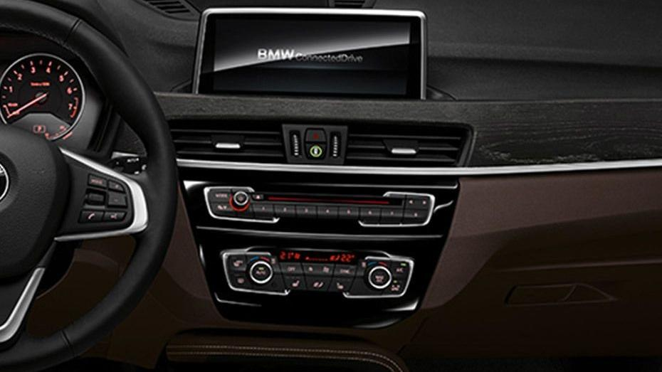 BMW X1 2019 Interior 004