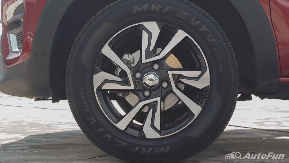 Renault Triber RXZ MT Exterior 024