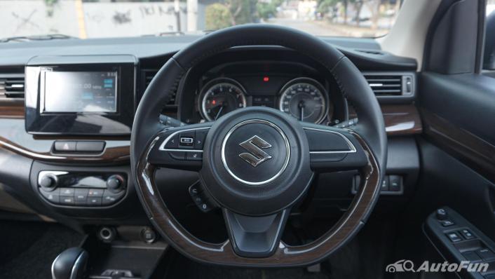 Suzuki Ertiga Sport AT Interior 007