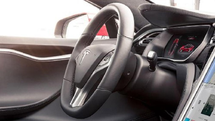 Tesla Model S 2019 Interior 004
