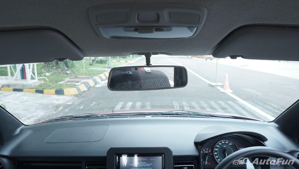Suzuki Ignis GX AGS Interior 044