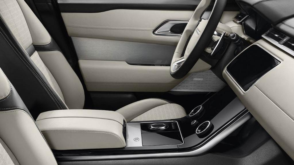Land Rover Range Rover Velar 2019 Interior 012