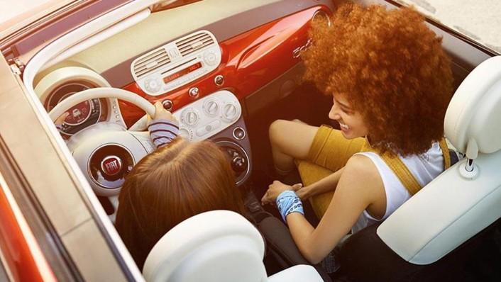 Fiat 500c 2019 Interior 002