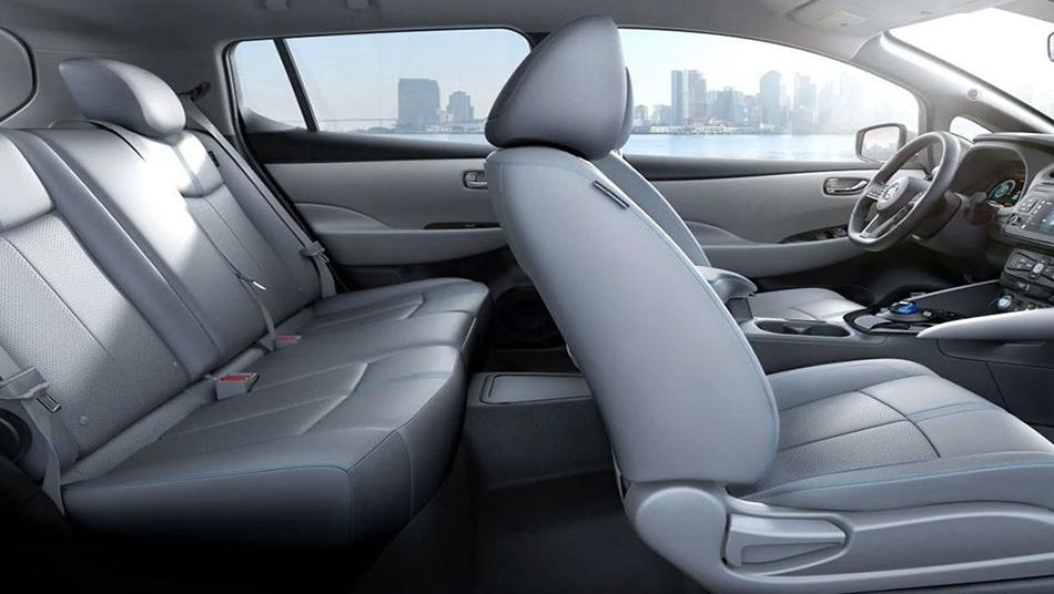 Nissan Leaf 2019 Interior 005