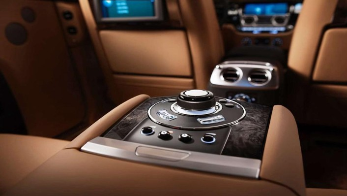 Rolls Royce Ghost 2019 Interior 007