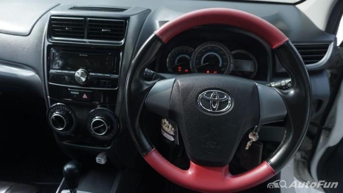 Toyota Avanza Veloz 1.3 MT Interior 006