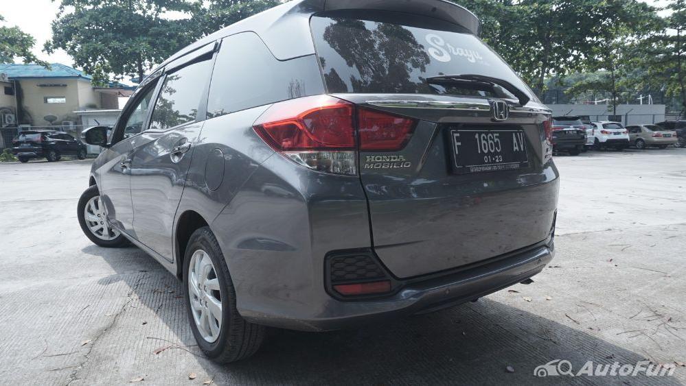Honda Mobilio E CVT Exterior 014