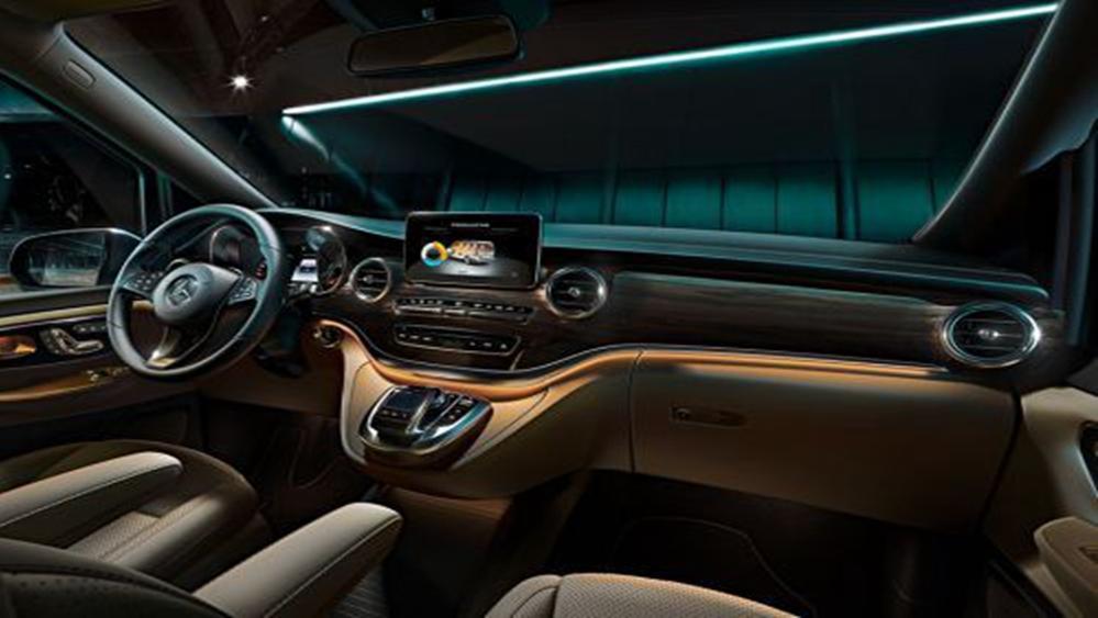 Mercedes-Benz V-Class 2019 Interior 002